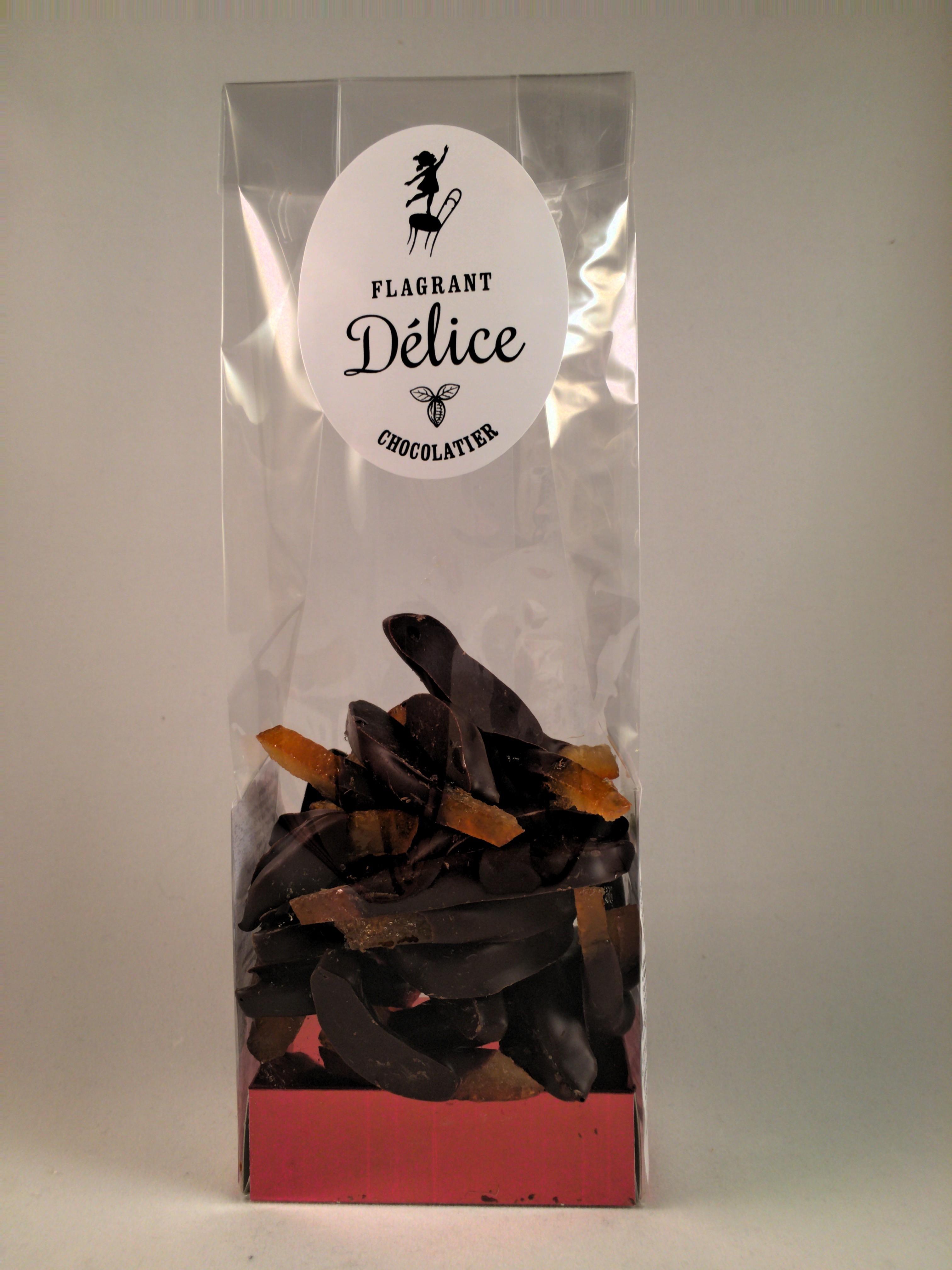 Oranginettes ou orange confite en lamelles enrobée de chocolat noir